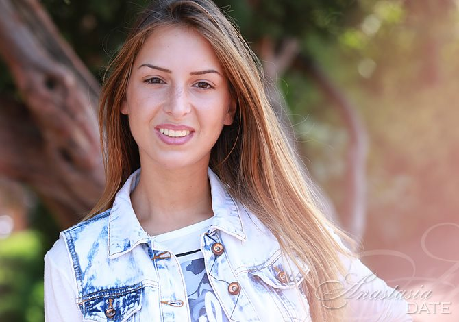 mina single catholic girls Catholic singles dating - chat and meet beautiful girls and handsome guys on our dating site we are leading online dating site for singles who are looking for relationship.